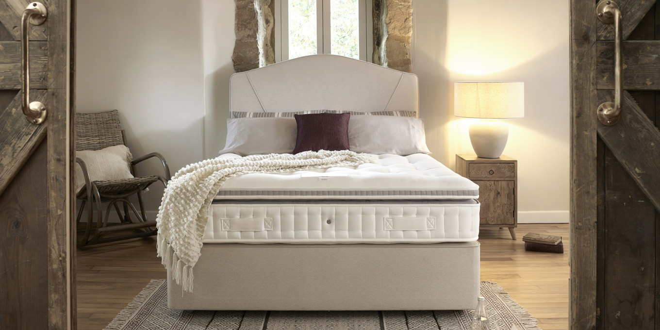 Giverny 9600 with a Nouveau Strut headboard in Hebrides Oatmeal 2