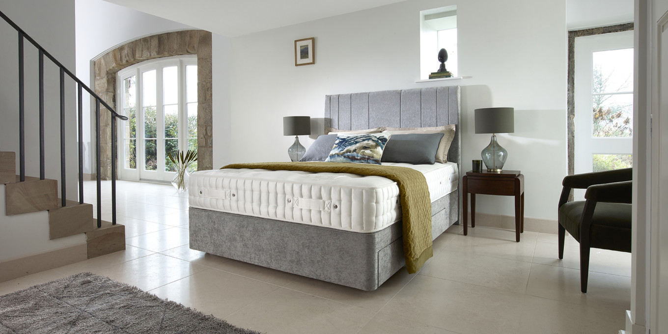 Harrison Bed Tailor Natural 2019 Ruby 11600 1