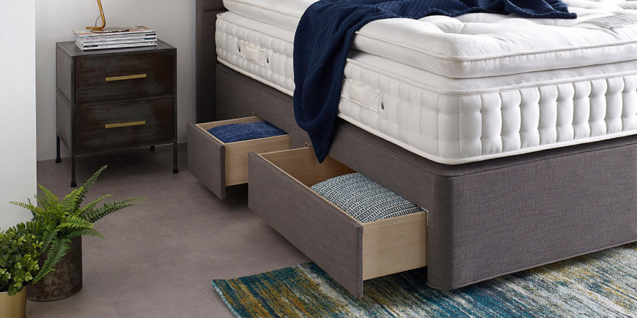 Continental-Style-Drawers-Divan